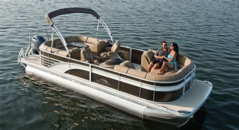 Grand Lake Boat Rental Prices by Why Buy A New Bennington Pontoon Boat From Sutter S Marina