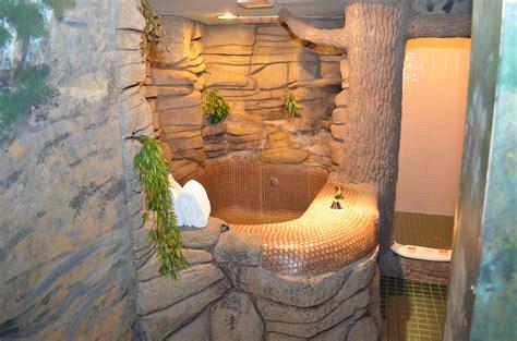 sherwood forest greenwood fanta suitescom