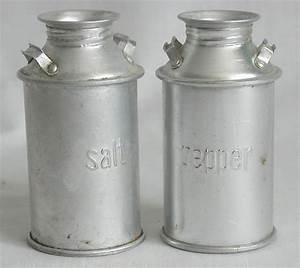 Salt Pepper Shakers Tin Milk Cans 4quotH Vintage Style