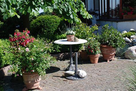 Kleine Sitzplätze Im Garten by Sitzplatz Im Garten Garten Sitzplatze Gestalten