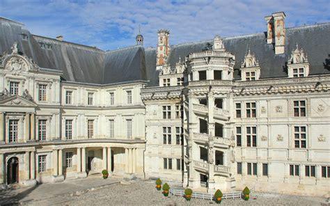 chambres d h es blois le parcours de visite château royal de blois