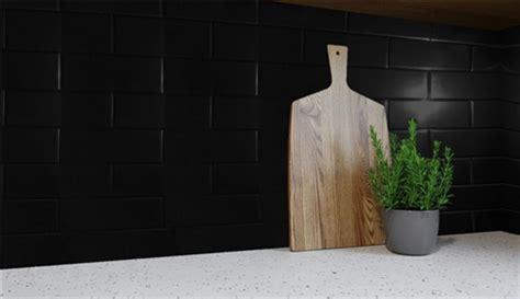 wallart linear series wet area panelling