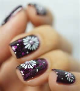 Flower nails easy nail designs you can try any day