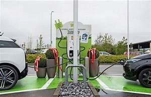 Borne Electrique Gratuite : voiture lectrique lidl propose la recharge rapide et gratuite ~ Medecine-chirurgie-esthetiques.com Avis de Voitures