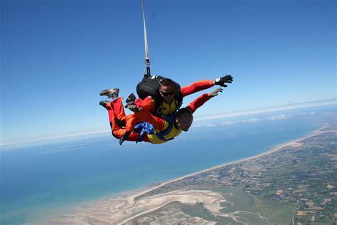 saut en parachute 224 lessay proche granville parachutisme baie mont michel