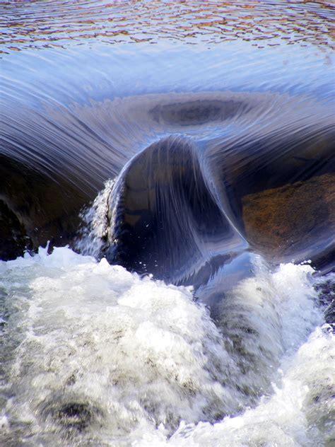 images water drop stream gushing black