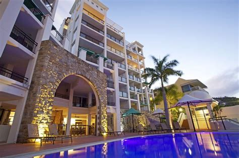 schoolies airlie beach blue horizon accommodation availability