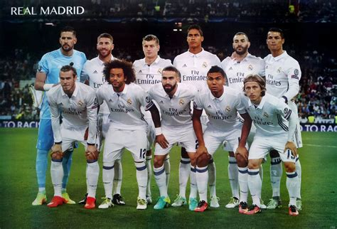 real madrid 13 players 2017 poster 23 x34 uefa league football soccer ebay real madrid 11 players 2017 poster 23 x34 uefa league football soccer ebay
