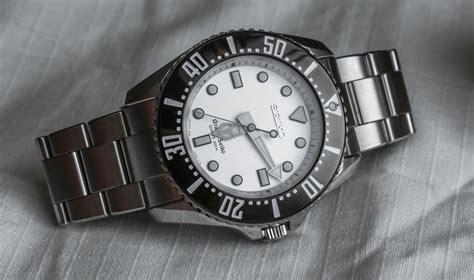 grand seiko quartz diver sbgx sbgx  review