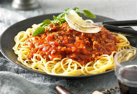 classic spaghetti bolognese recipe foodiful