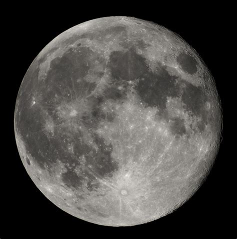 of the moon supermoon what it is and when it occurs
