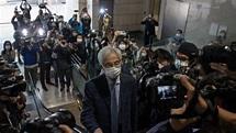 黎智英、李柱銘等9名香港民主派人士被判刑8至18個月,4人緩刑 - BBC News 中文