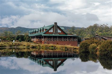 tasmania places stay accommodation cabins mountain cradle hotels unique lodge lodges polkadotpassport