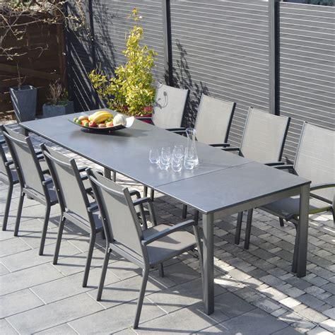 salon de jardin en aluminium salon de jardin puroplan aluminium gris anthracite 10 personnes leroy merlin