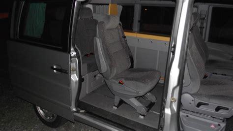 peut on mettre un siege auto devant un siège supplémentaire pour vito mp