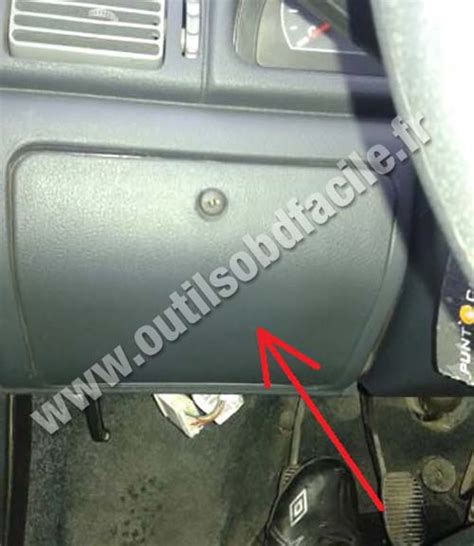 Fiat Sedici Fuse Box by Obd2 Connector Location In Fiat Uno 2010 Outils