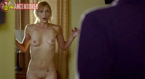 Naked Molinee Green In Milf