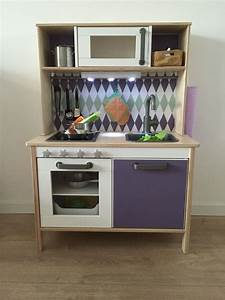Ikea Spielzeug Küche : ikea duktig hack pimp dein ikea kinderk che mit limmaland sticker ikea hack ~ Yasmunasinghe.com Haus und Dekorationen