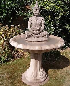 statue moderne pour jardin finest jardin des tuileries With decoration jardin zen exterieur 3 fournisseur grossiste fontaine jardin xl cascade pierre
