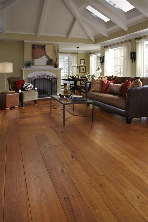 Hickory Hardwood Flooring in Living Room