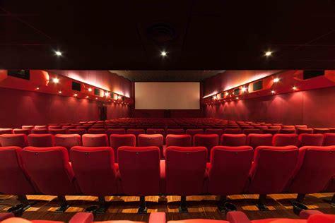 cinema a porte di roma a roma si prova a riaprire il cinema troisi artribune