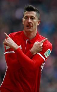 Robert Lewandowski Photos Photos - Bayern Muenchen v FC ...