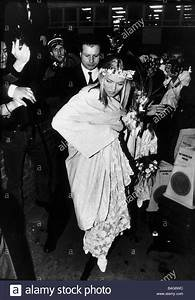 Patsy Kensit Actress on her marriage day to Jim kerr Stock ...