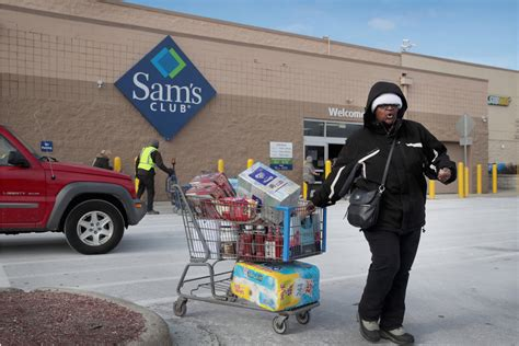 sams club hire workers holiday shopping