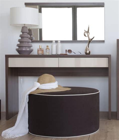 meuble coiffeuse design pour chambre a coucher tendance