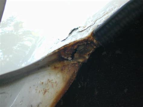 rust dyi remove molding fender trim lines