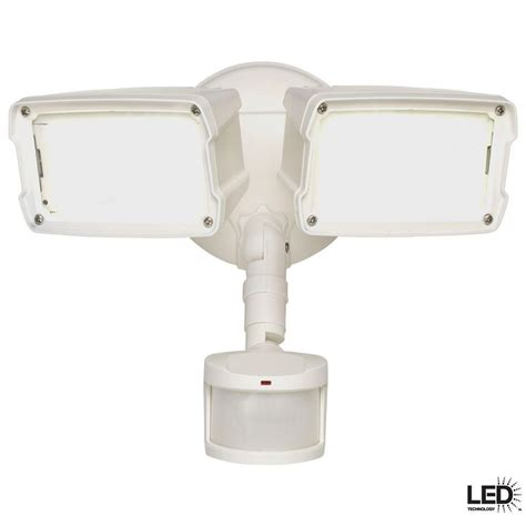 upc 080083624386 defiant wall mounted 180 degree outdoor