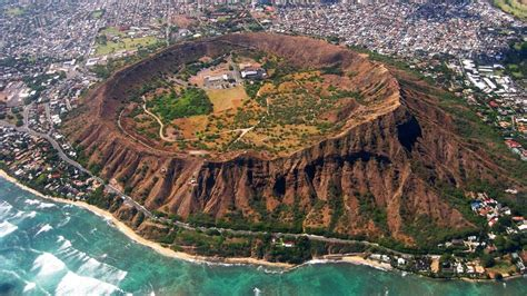 Hiking Diamond Head Crater Hawaii Youtube