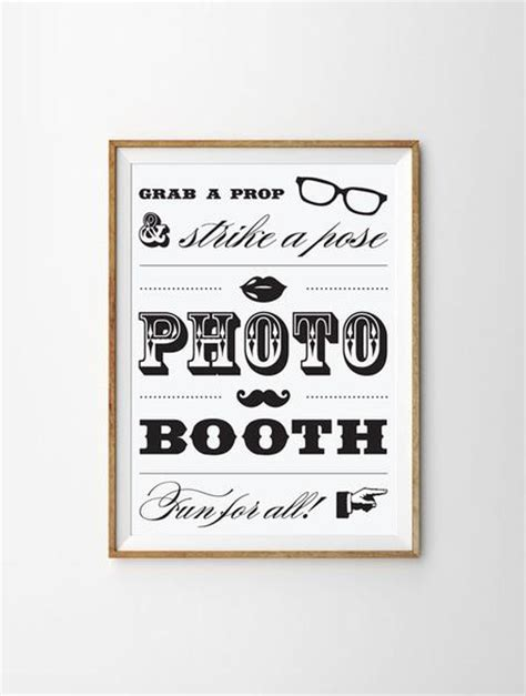 photobooth sign    eggs design