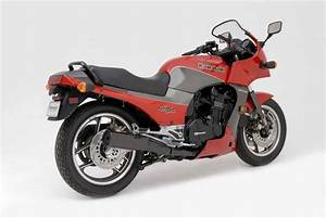Real Riders  1984 Kawasaki Gpz900r  Fighting With The
