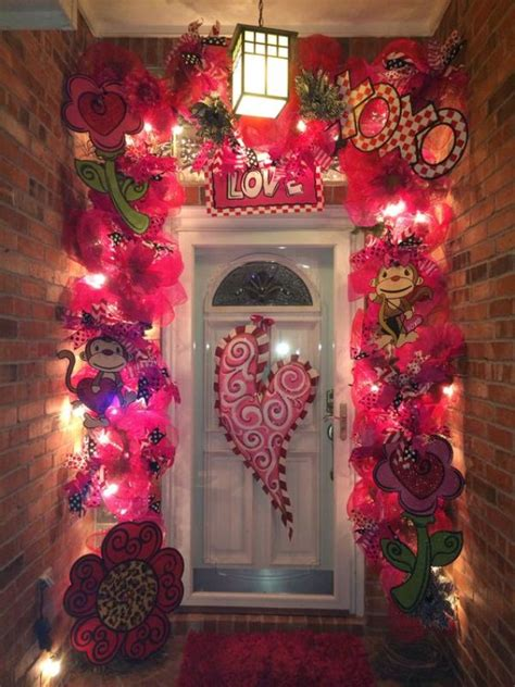 Decorating Ideas Valentines Day by 25 Outdoor Valentines Decorations Ideas Decoration