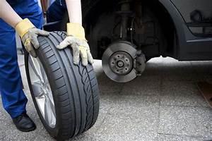 Changer Un Seul Pneu : changer une roue comment proc der ~ Gottalentnigeria.com Avis de Voitures