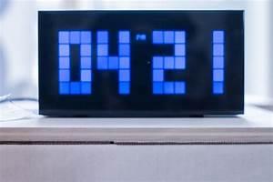 Hightech  Color U00e9  Reveil  Horloge  Heure  Design  Couleur