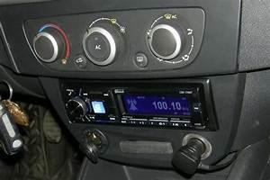 Renault Megane Autoradio : autoradio 1 din renault megane iii fluence poste cd ~ Kayakingforconservation.com Haus und Dekorationen