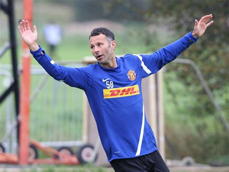 Ryan Giggs Could Play At 2012 Olympics  The Independent