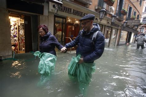 Historic Flooding Highlights Venices Vulnerability The