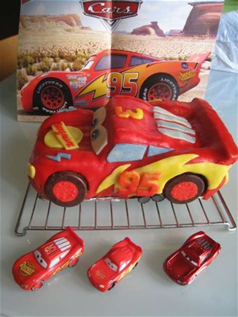 decoration gateau flash mcqueen g 226 teau flash mcqueen cars 3d lightning mcqueen 3d cake du bruit dans la map