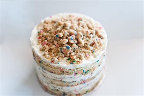 How To Make Momofuku Milk Bar's Sprinkle Filled Birthday