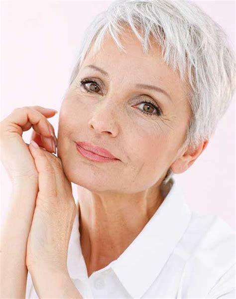30 Best Short Hair Styles For Older Women Short
