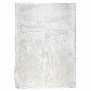 Tapis Shaggy Blanc : tapis shaggy tiss main blanc adore ligne pure 140x200 ~ Teatrodelosmanantiales.com Idées de Décoration