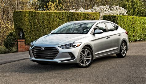 Video Review: Hyundai Elantra Offers Fewer Curves, but a ...