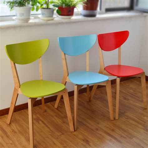 chaise de couleur ikea moderne concepteur de meubles en bois tissu montage