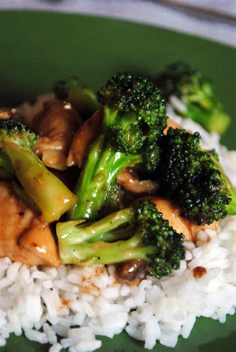 chicken and broccoli stir fry chicken broccoli stir fry pass the sushi