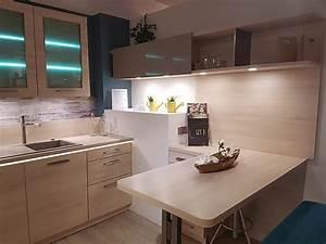 Küchen Mit Glasfront : st rmer k chen musterk che topaktuelle und repr sentative einbauk che mit glasfront ~ Watch28wear.com Haus und Dekorationen