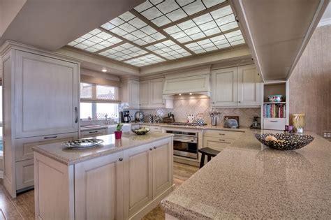 traditional kitchen with hardwood floors kitchen island