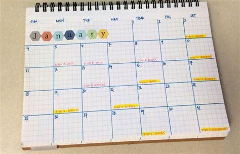 kalender zum selber basteln kalender selbst gestalten 12 n 252 tzliche bastelideen f 252 r wand und tisch